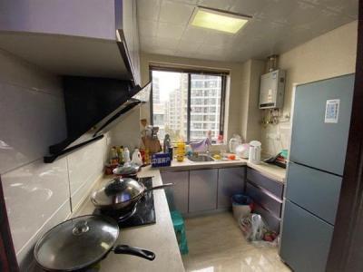 275万 7室3厅 200平 恒盛都市豪庭 南北通透 精装修图片