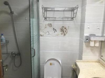 网红商业街 鑫业家园41平电梯房70年产权送车库图片
