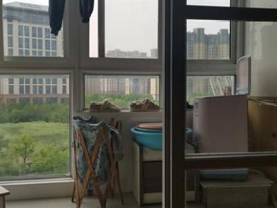华厦绿城  精装修  中间楼层  墨镜采光  交通购物娱乐应图片