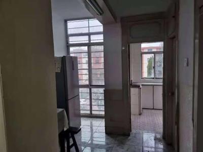电大宿舍楼 3室2厅1卫 黄金楼层图片